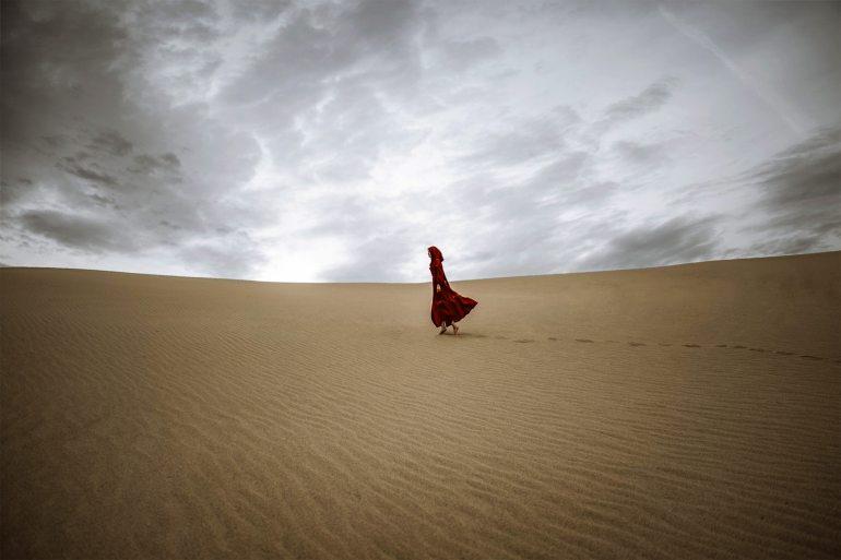 adventure-alone-arid-2773656